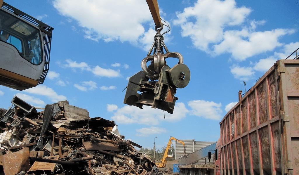 погрузка металлолома в Харькове